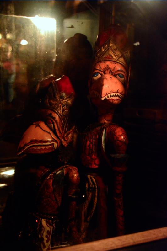 creepy bird crow teeth doll figurines