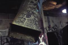 abandoned building graffiti